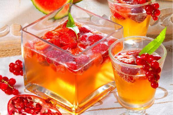 Cocktail pétillant Juliet® rouge (sans alcool)