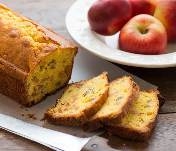 Cake aux pommes Juliet® et aux noix